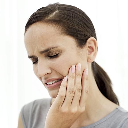 Болит зуб при накусывании