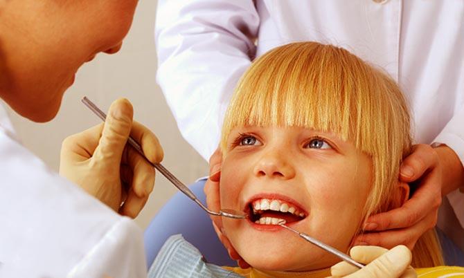 Лечение стоматита у стоматолога