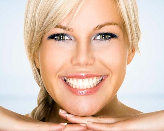 Отбеливание зубов 3d