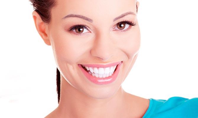 Имплантация зубов в европе